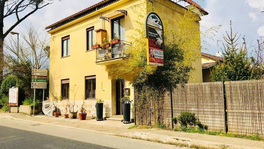 Villa in Vendita in Via Campidoglio 218 a Ceprano
