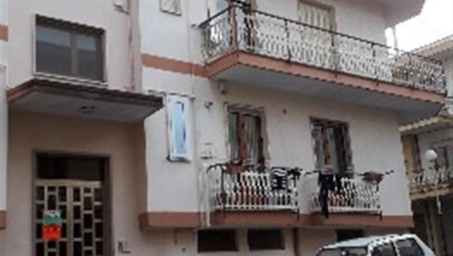 Appartamento con garage, cantina e sottotetto