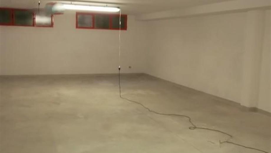 Box a Gorla Minore . mq.90    60.000 €