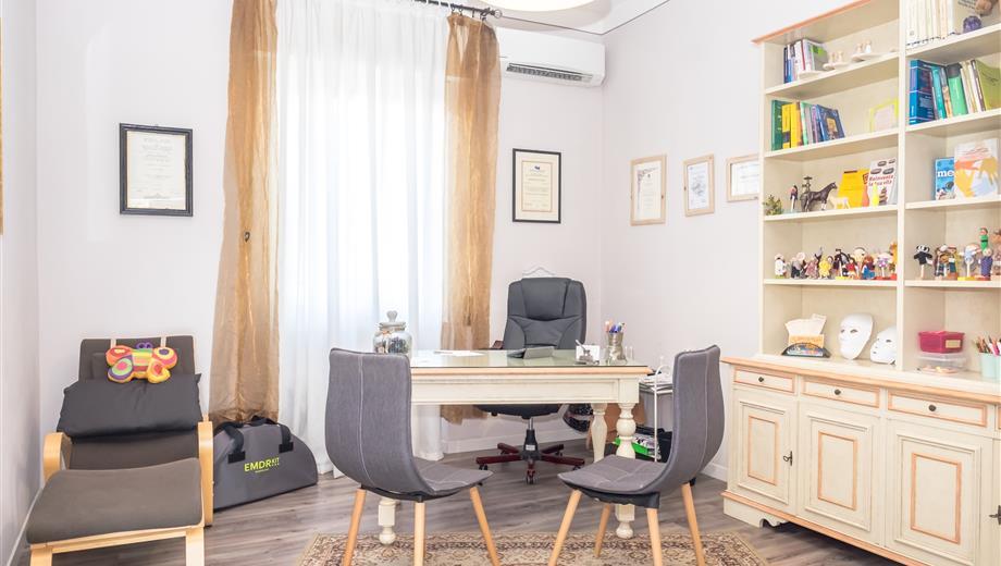 Affitto stanze in studio privato presso Oste e Montemurlo