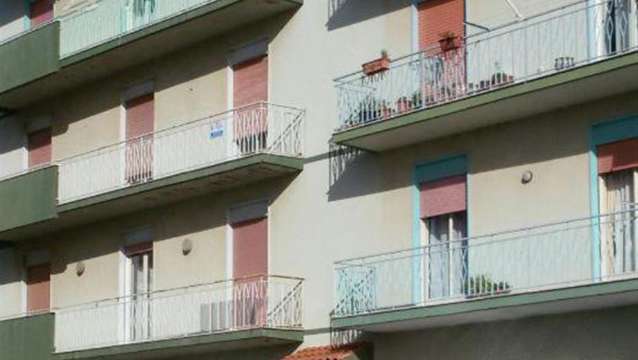 Appartamento molto spazioso perriera