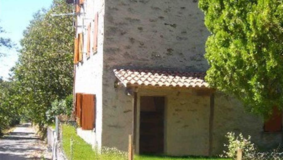 Privato vende Villa a Terrinca