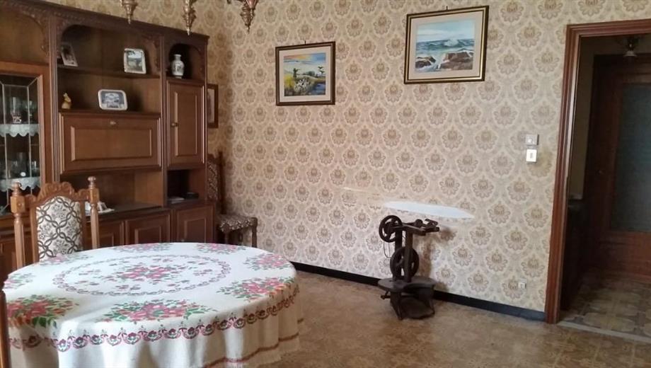 Casa con terreno in val Borbera