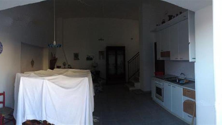 Appartamento su due livelli 300 €