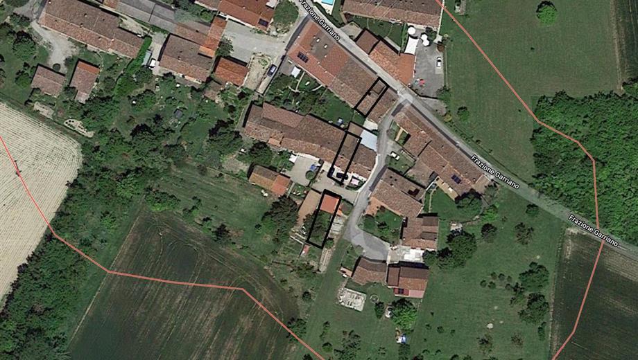 Rosignano Monferrato - Vendesi casa + terreni