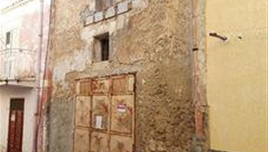 Magazzino in vendita in via Calvario, 26