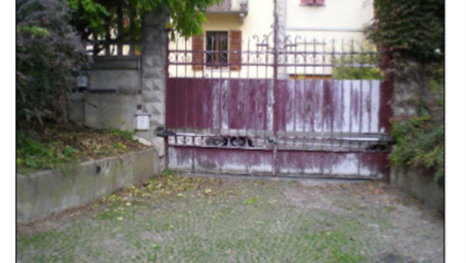 Garage 53 mq Via Sosso 8