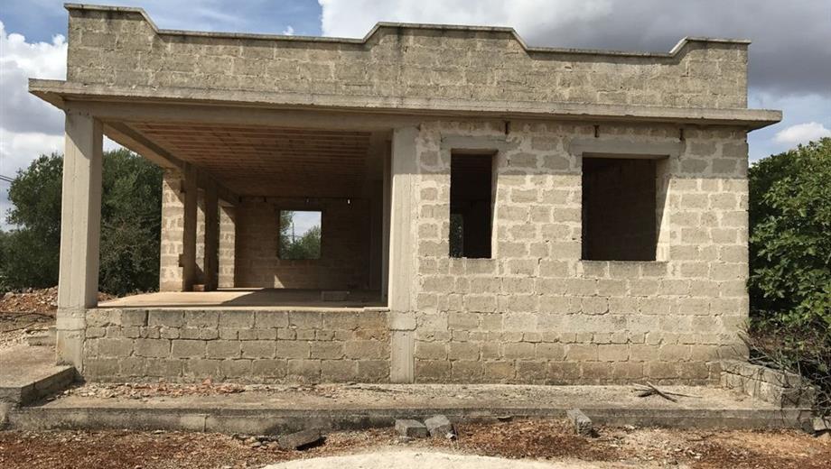 Villa indipendente  in vendita allo stato grezzo