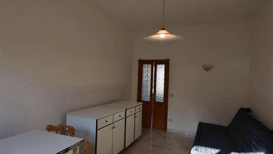 Trilocale in Vendita in Via Pompei 16 a Olbia