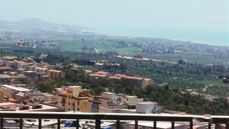 Quadrilocale via Atenea, Agrigento