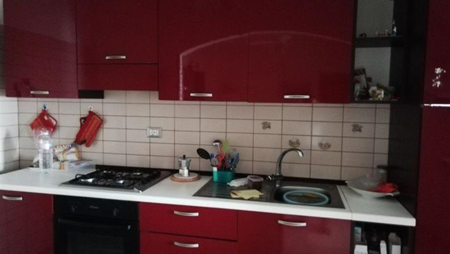 Vendesi appartamento Nettuno (RM)