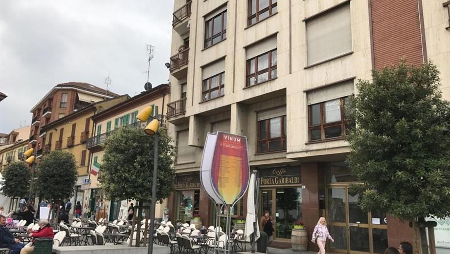 Appartamento in Vendita in Piazza Garibaldi 3 a Alba